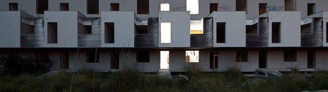Beautiful Photographs of Buildings Left Empty After Crisis http://www.fubiz.net/en/2017/03/07/beautiful-photographs-of-buildings-left-empty-after-crisis-2/