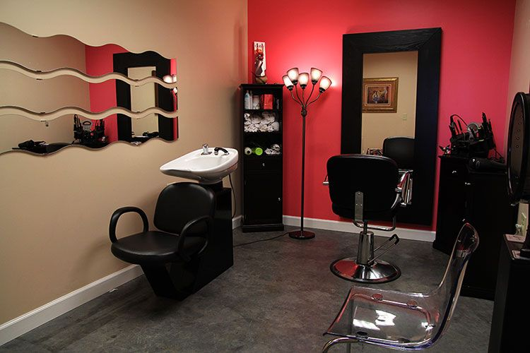 Small salon on pinterest in home salon home salon and for Hair salons designs ideas