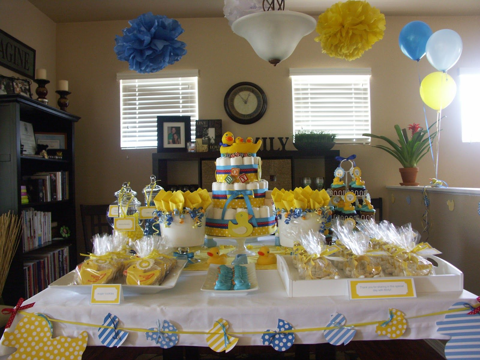 The Sugar Bee Bungalow Party Tables Rubber Ducky Baby Shower Decorations  Images Pictures