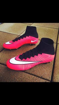 black football boots the new nike running shoes
