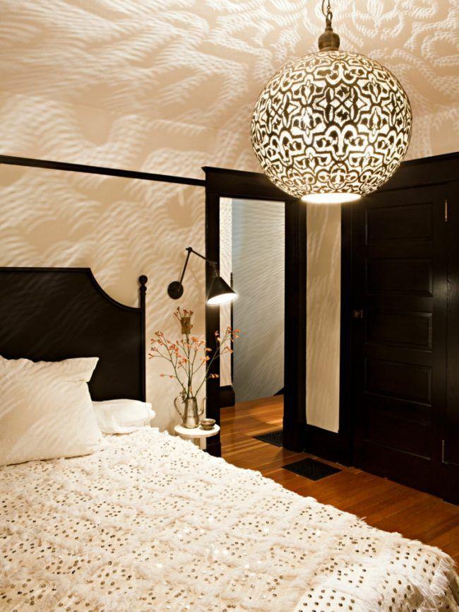orientalische-lampen-hängeleuchte-gemustert-rund-schlafzimmer-bett ...