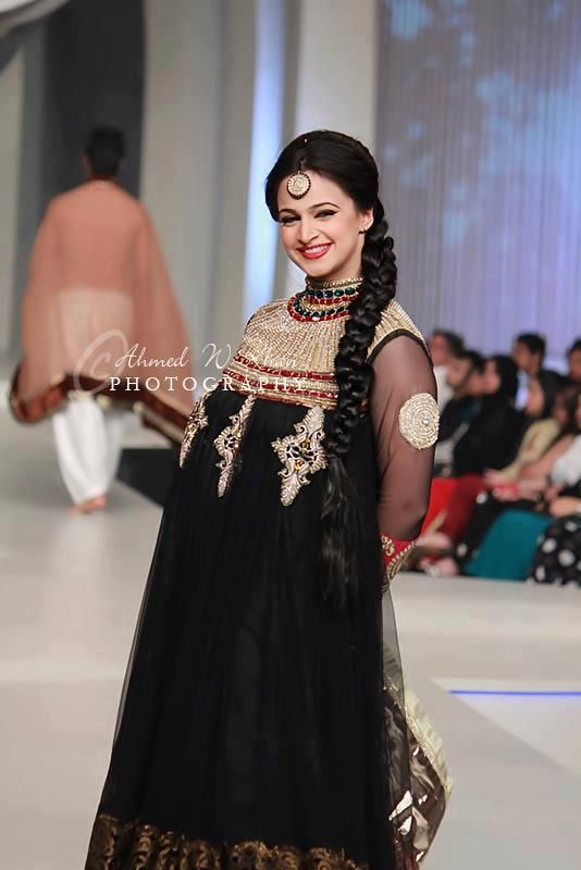 052fca5c0b55 New Beautiful Eid Party Wear Collection For Ladies 2013-14 (3 ...