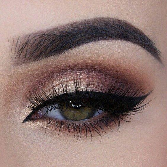 Eyeliner Modelleri Etkileyici Bakışlar İçin Muhteşem Göz Makyajı -