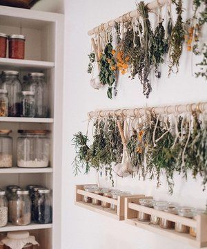 Photo of Simple DIY Herb Drying Rack For Your Garden Herbs