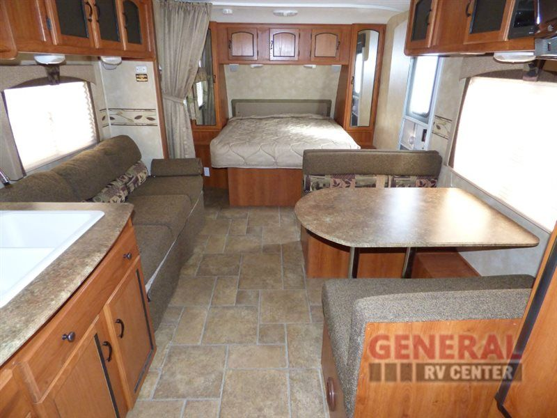 Used 2012 Coachmen RV Freedom Express 242RBS Travel Trailer at General RV | Draper, UT | #130702