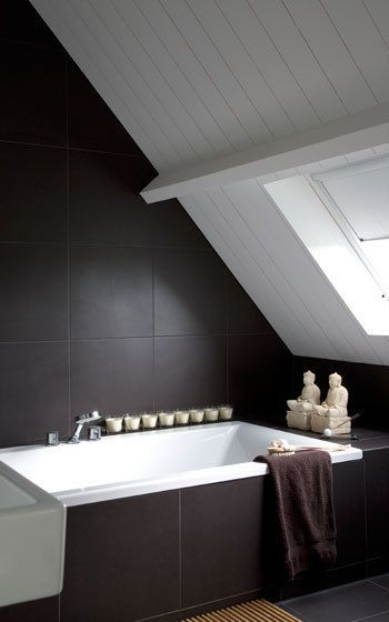 kleine badkamer schuin dak - Zolderideeen | Pinterest - Kleine ...
