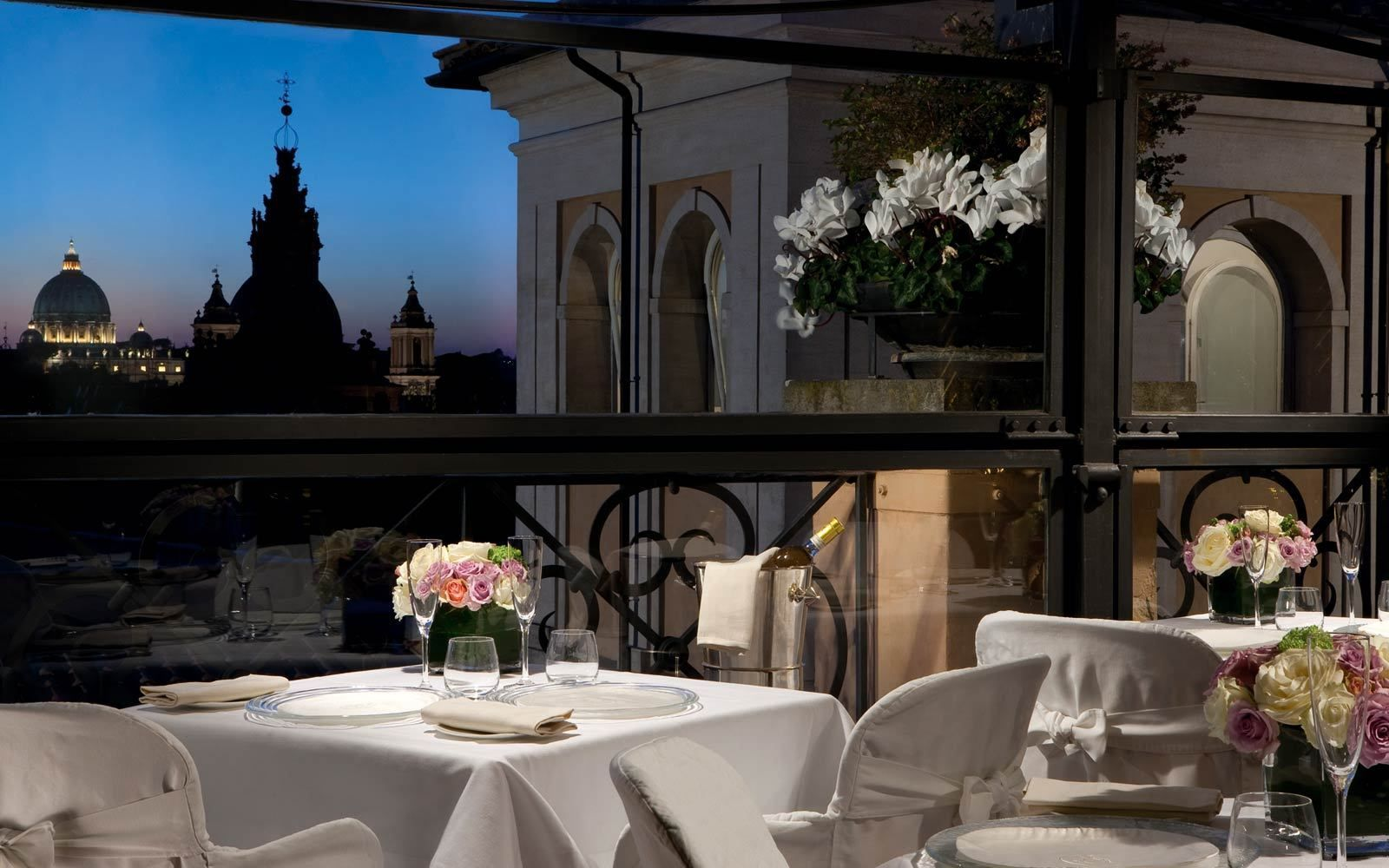 Romantic Roma - 10 Places to Kiss Your Lover in Rome ...