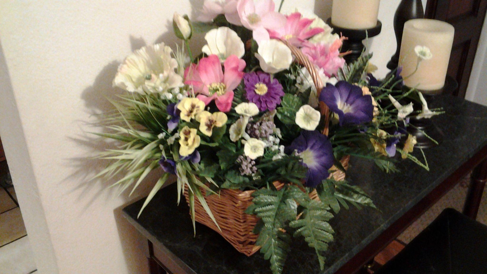 Pin by carolyn cantrell on flower arrangements pinterest flower
