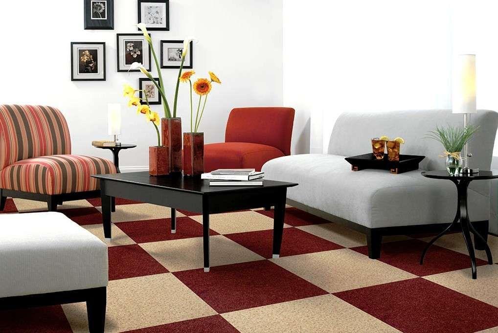 Pareti Soggiorno Bordeaux : Abbinare il bordeaux alle pareti salotto divano