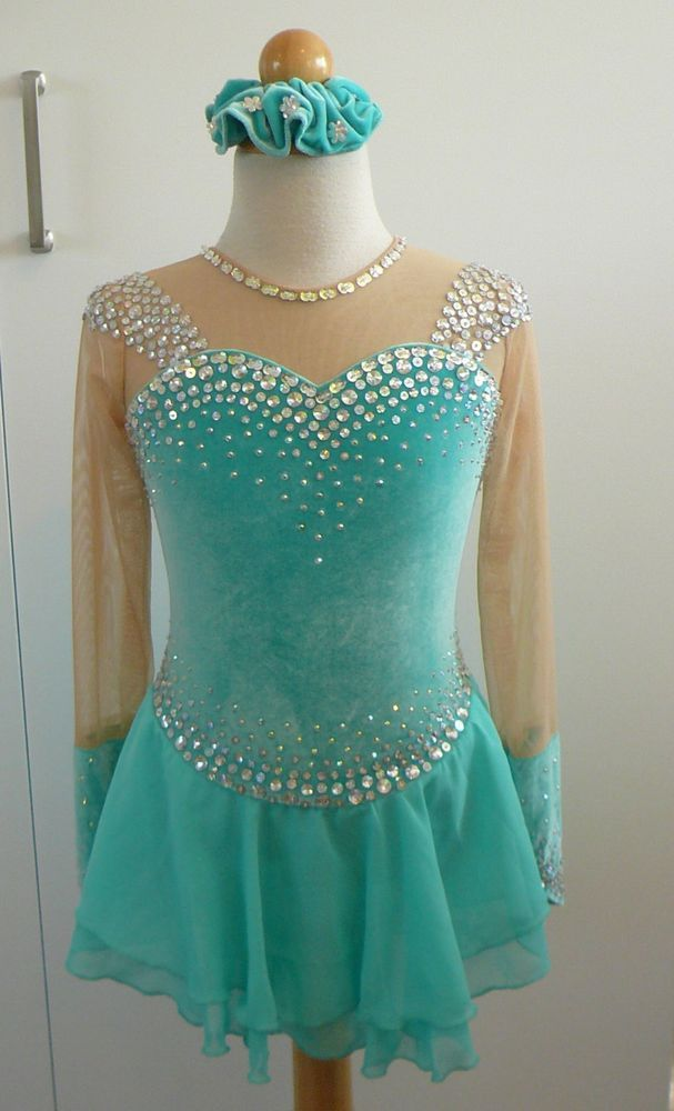 Figure Skating Dress Child Size 5 Sporting Goods