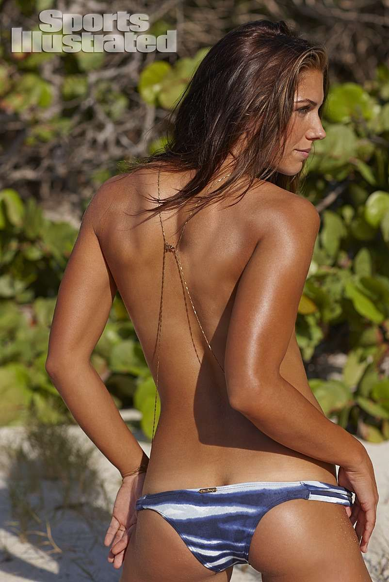 Alex Morgan 2014 Swimsuit: Guana Island | Alex morgan swimsuit, Alex morgan bikini, Sports ...