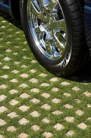 Drivable Grass Systems Are Made Of Concrete Squares With Mesh Backing That Are Strong Enough To Paved Driveways Wi Grass Driveway Yard Landscaping Grass Pavers