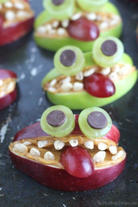 8 Fun Food Focused Ideas for Picky Eaters #halloweenbreakfastforkids