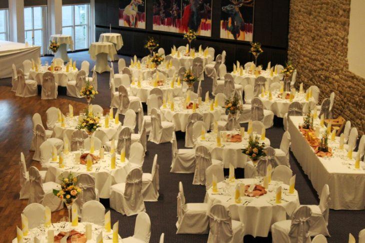 Dekoration 4 Hochzeiten Und Eine Traumreise In Goslar Dekoration Hochzeitsdekoration Dekorieren