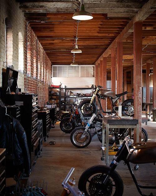 Beautiful Shop // Those Bikes Need A Motorcycle Lift! We