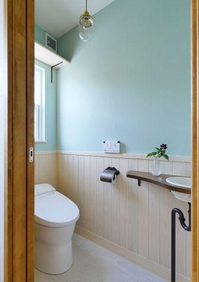 かわいい家photo では かわいい家づくりの参考になる ナチュラル フレンチ カフェ風なおうちの実例写真を紹介しています トイレ インテリア トイレ おしゃれ トイレ レイアウト