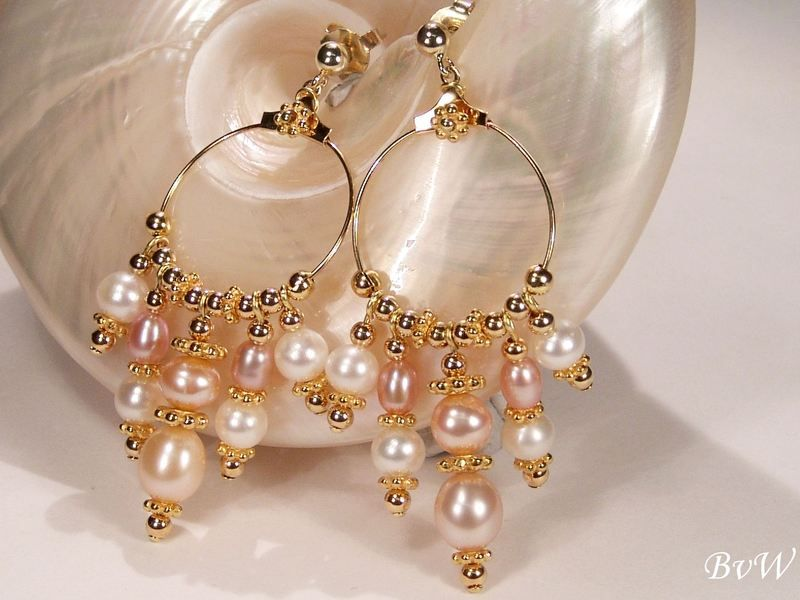 Prachtcreole, weiße,rosa Perlen von BvW Schmuck & DecoArt auf DaWanda.com