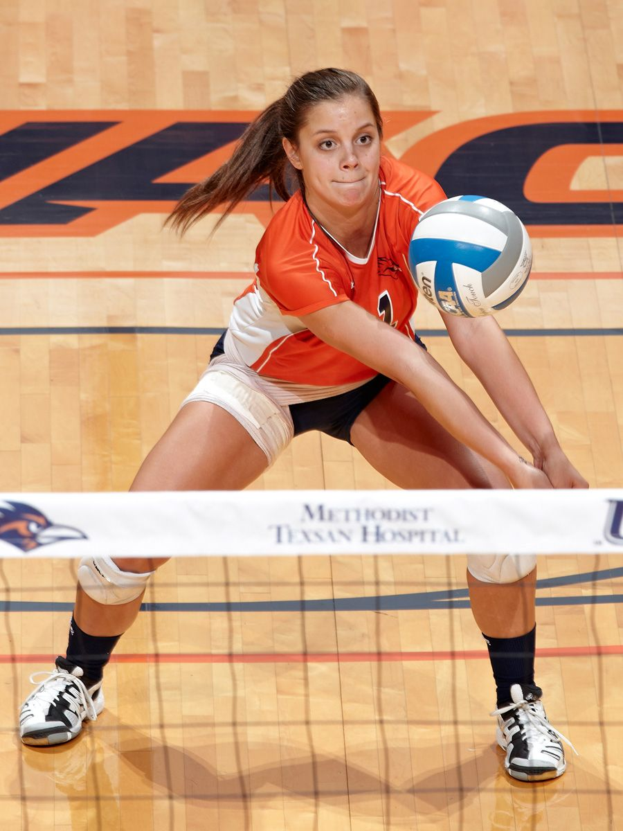 Annie Kunes Utsa Ds 5 6 So Fontana Wis Big Foot Hs 2012 Wac Libero Of The Year Wac Second Team All Freshman T With Images Volleyball Team Volleyball Teams