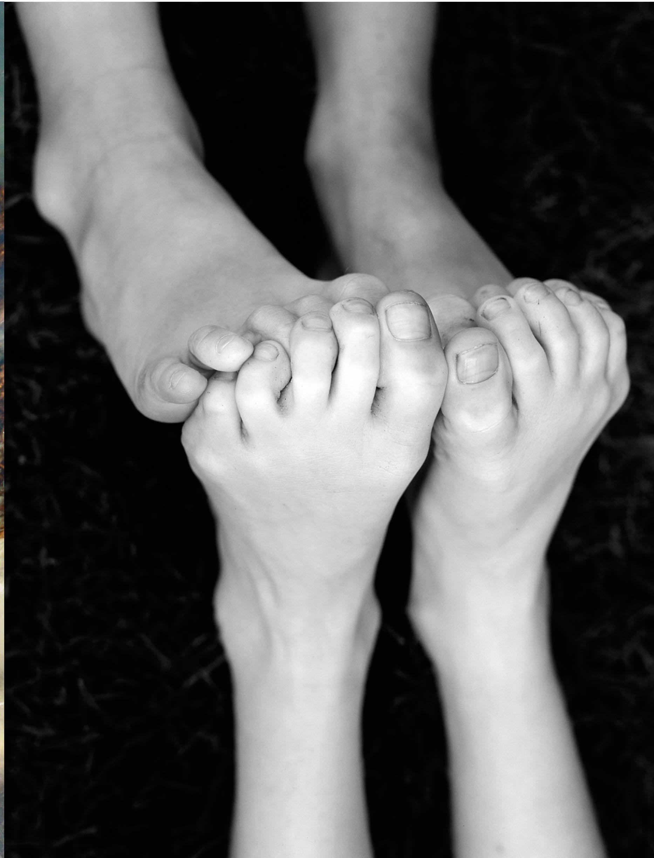 Touching Feet Soft Feet Feet Nails Foot Massage Anatomy Study Gesture Drawing