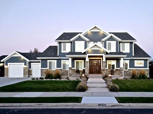 Utah Custom Home Builders Blue Haven South Jordan Big Houses Exterior Big Blue House House Exterior