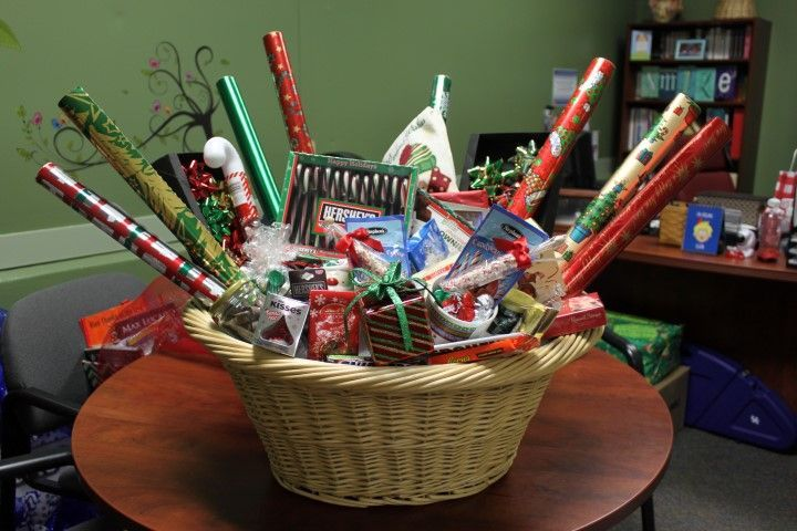 Rcms Winter Carnival Silent Auction Silent Auction Gift Basket Ideas Auction Gift Basket Ideas Creative Gift Baskets