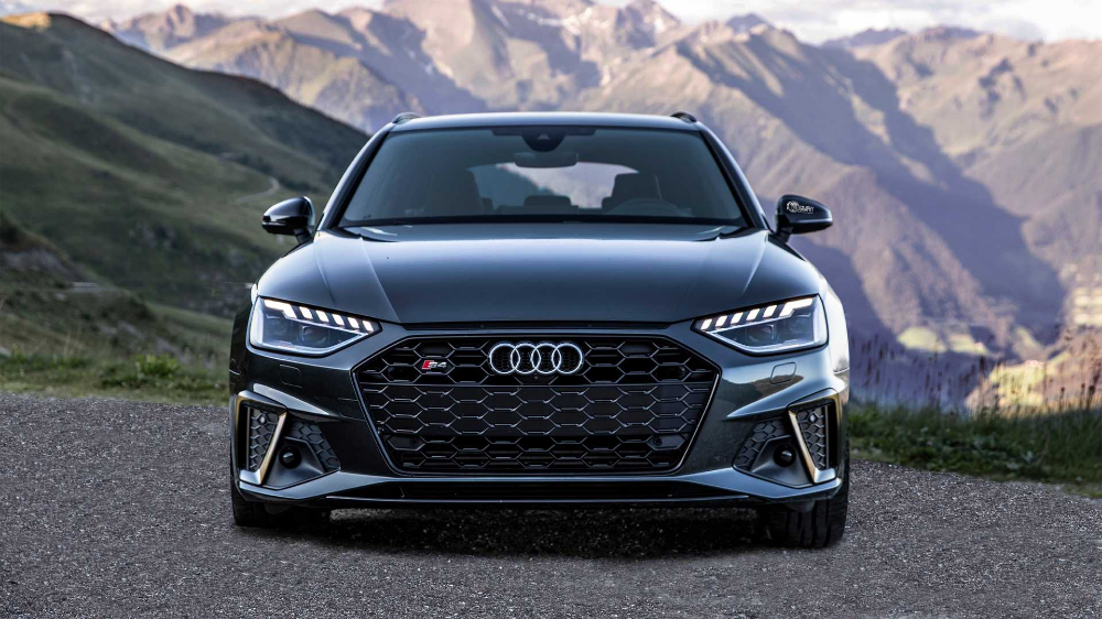 2020 Audi S4 Sedan Avant Videos Put Spotlight On The Major Facelift Audi S4 Audi Audi A4
