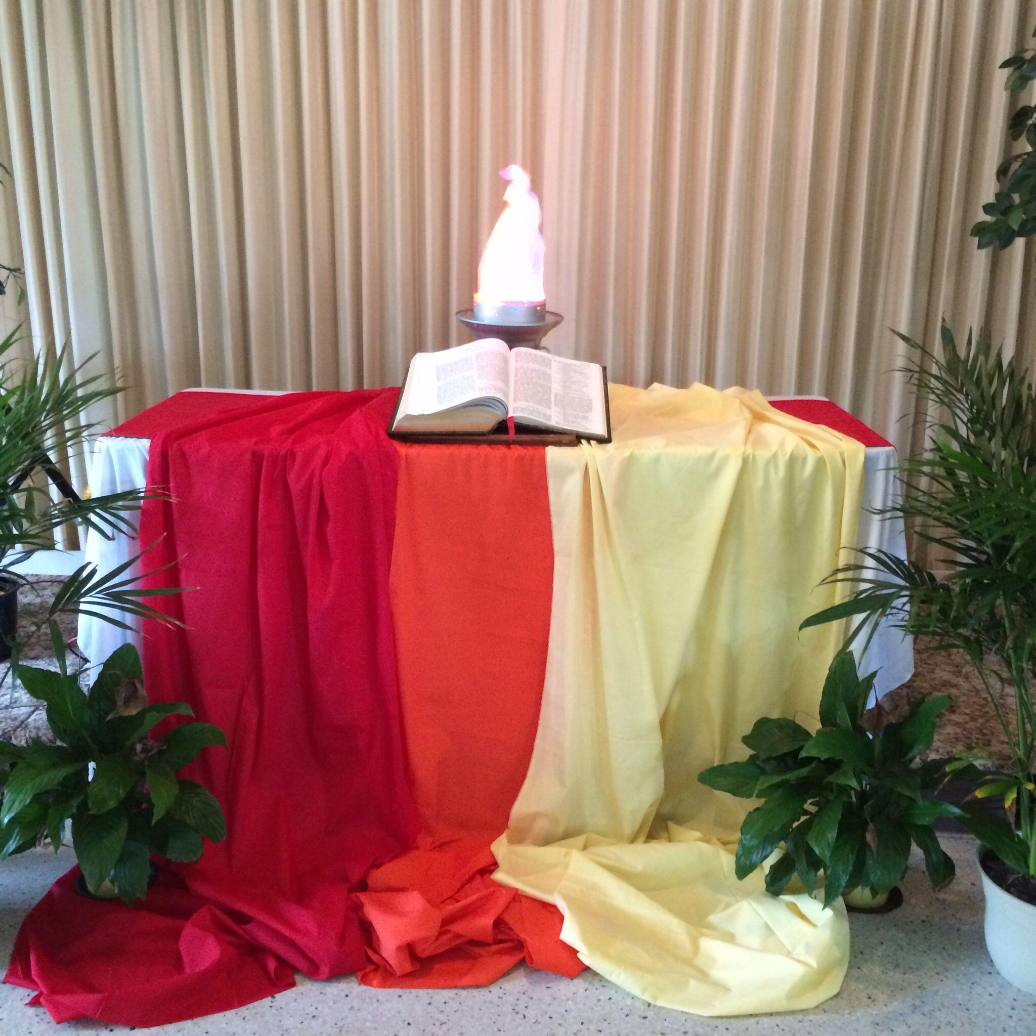 Pentecost altar at lorida fl church of the brethren for Altar decoration ideas