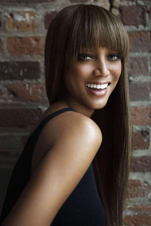 Tyra Banks Long straight hair