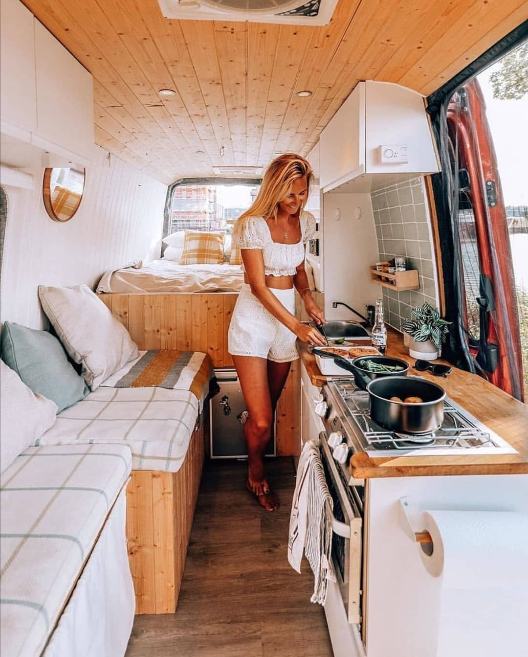 """Photo of Living Van Life on Instagram: """"📸 from @thewonderingdreamer Follow if you want to get inspired Living Van Life ❤️ Use #livingvanlife to get featured 🚌"""""""