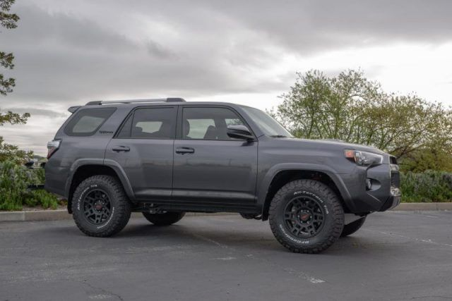 Toyota 4runner Trd Pro Google Suche Survivalvehicle