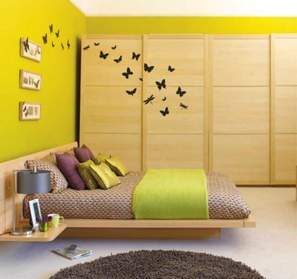 Butterfly Wall Murals in Small Japanese Bedroom Interior Furniture ...