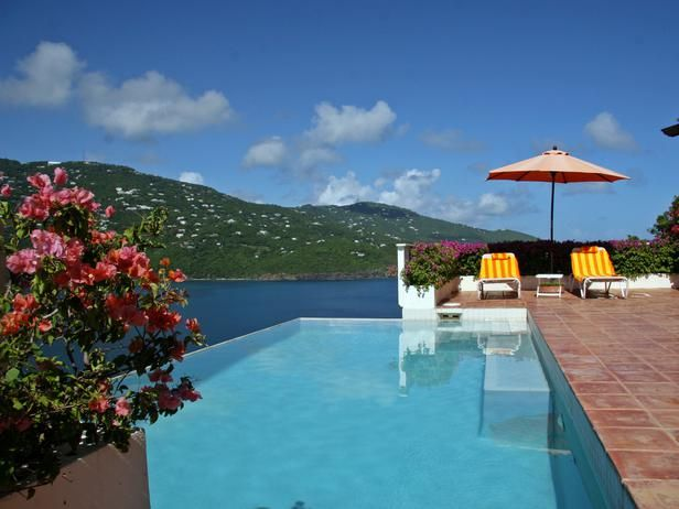 #HouseHunters Faves:  Kick back and relax in this infinity pool with a stunning view of the Virgin Islands and the coral reef just below the ocean's surface. There's also plenty of room for entertaining in the outdoor dining space and lounge area.