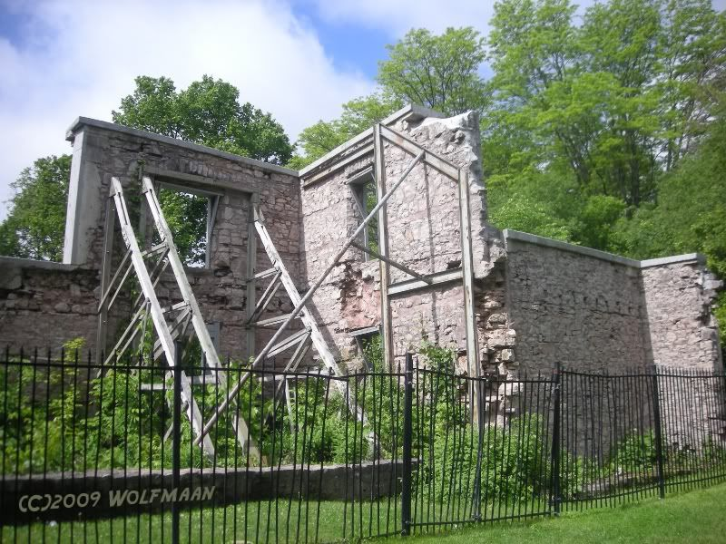 """The rear of """"The Hermitage"""" along the Bruce Trail - 2009"""