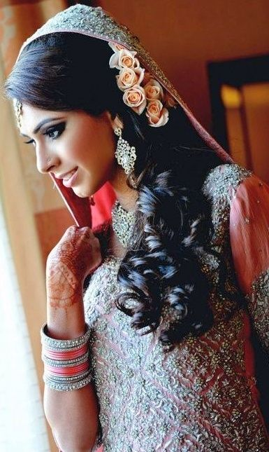 Simple And Beautiful Hairstyles For Indian Weddings Long