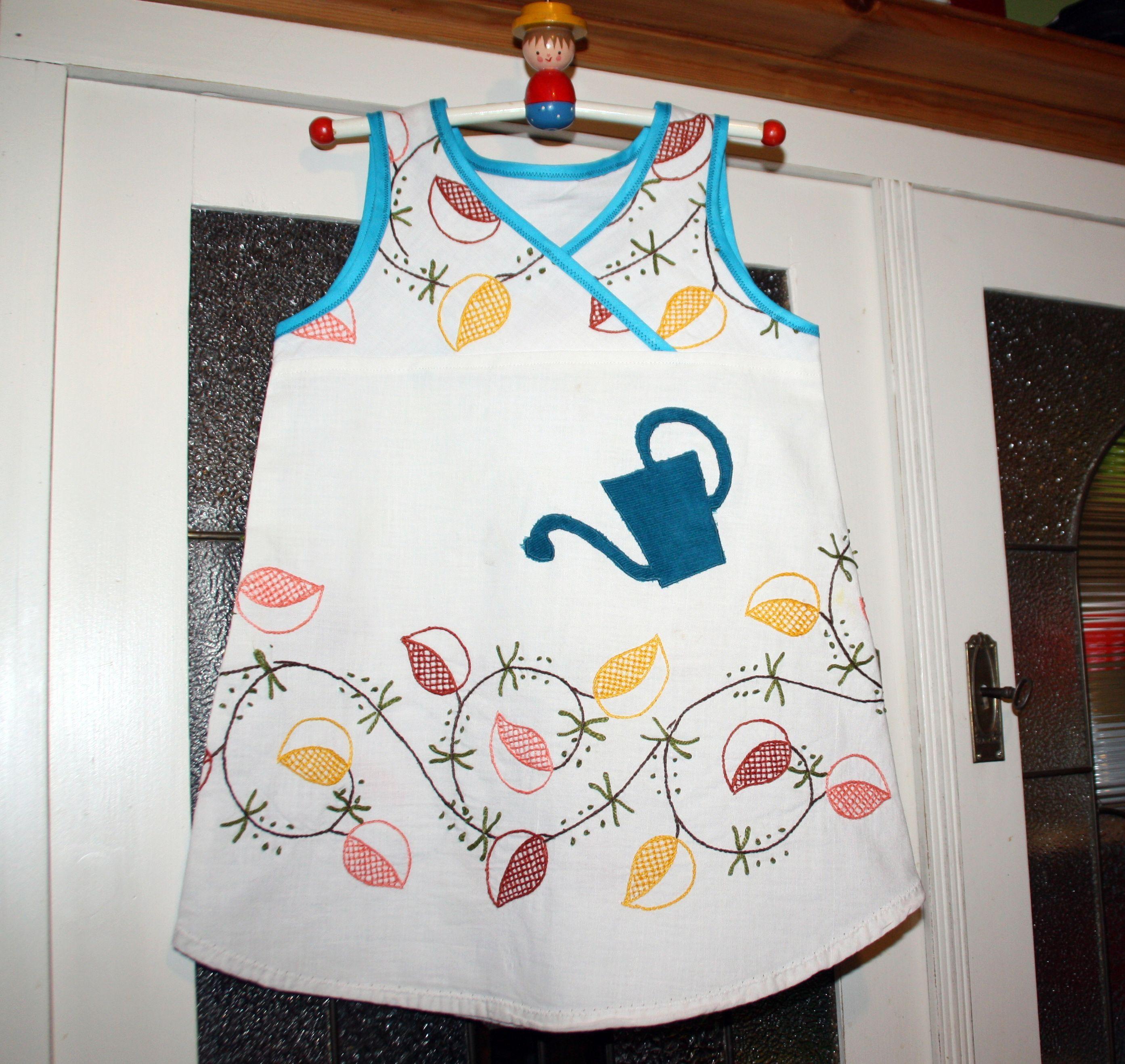 Upcycling - Lieblingskleidchen aus alter Tischdecke