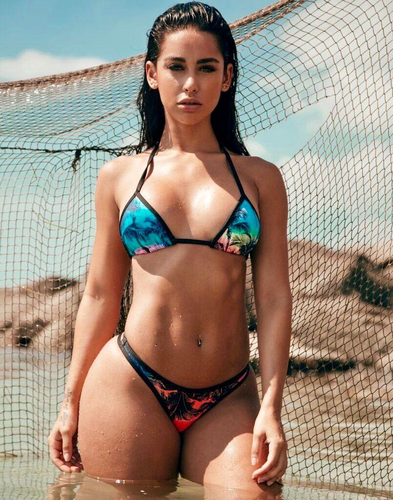 Mila kunis sexiest topless