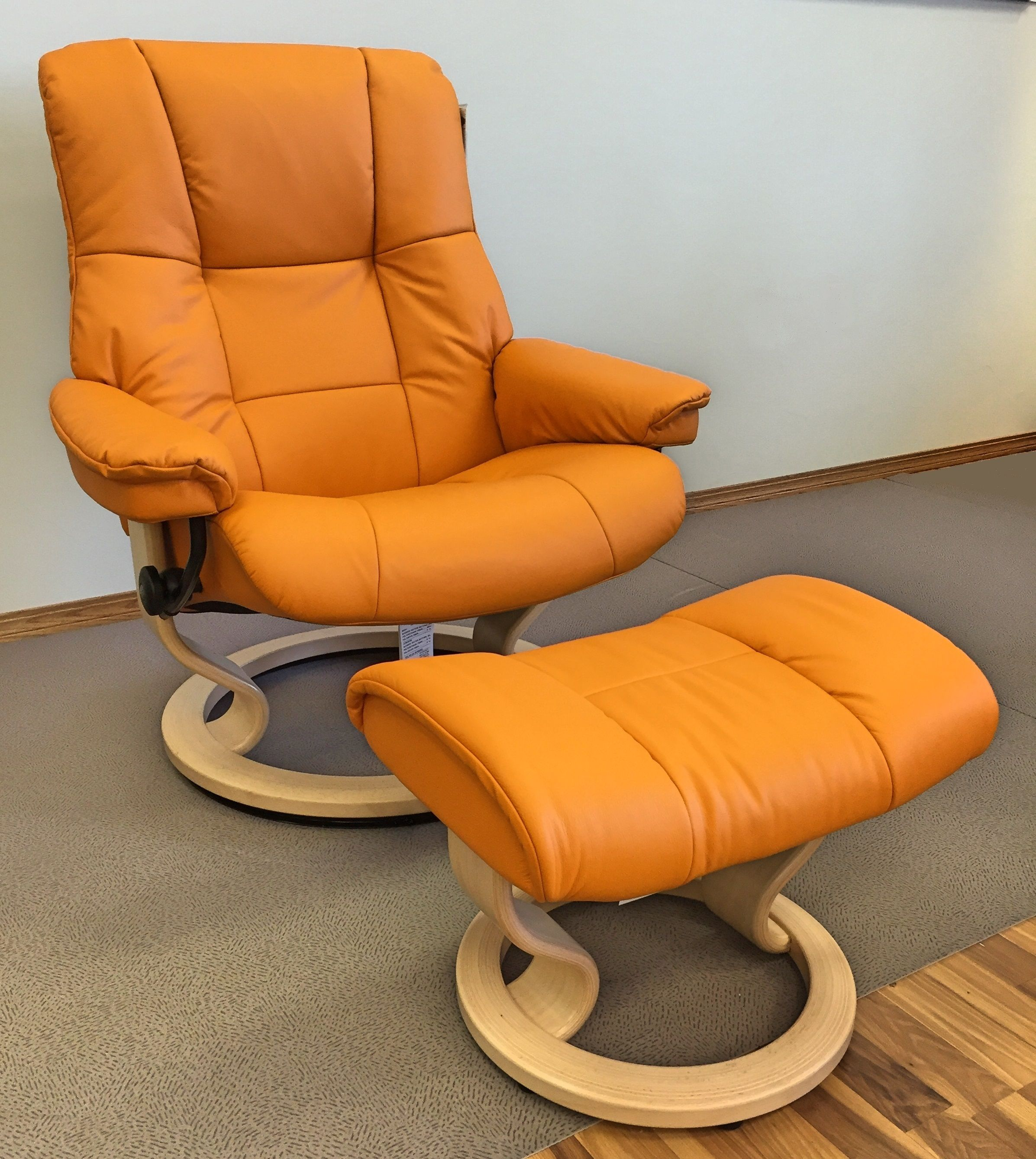 Ekornes Stressless Mayfair Large in Paloma Clementine with Natural base. Available at Scanhome Furnishings in Green Bay.