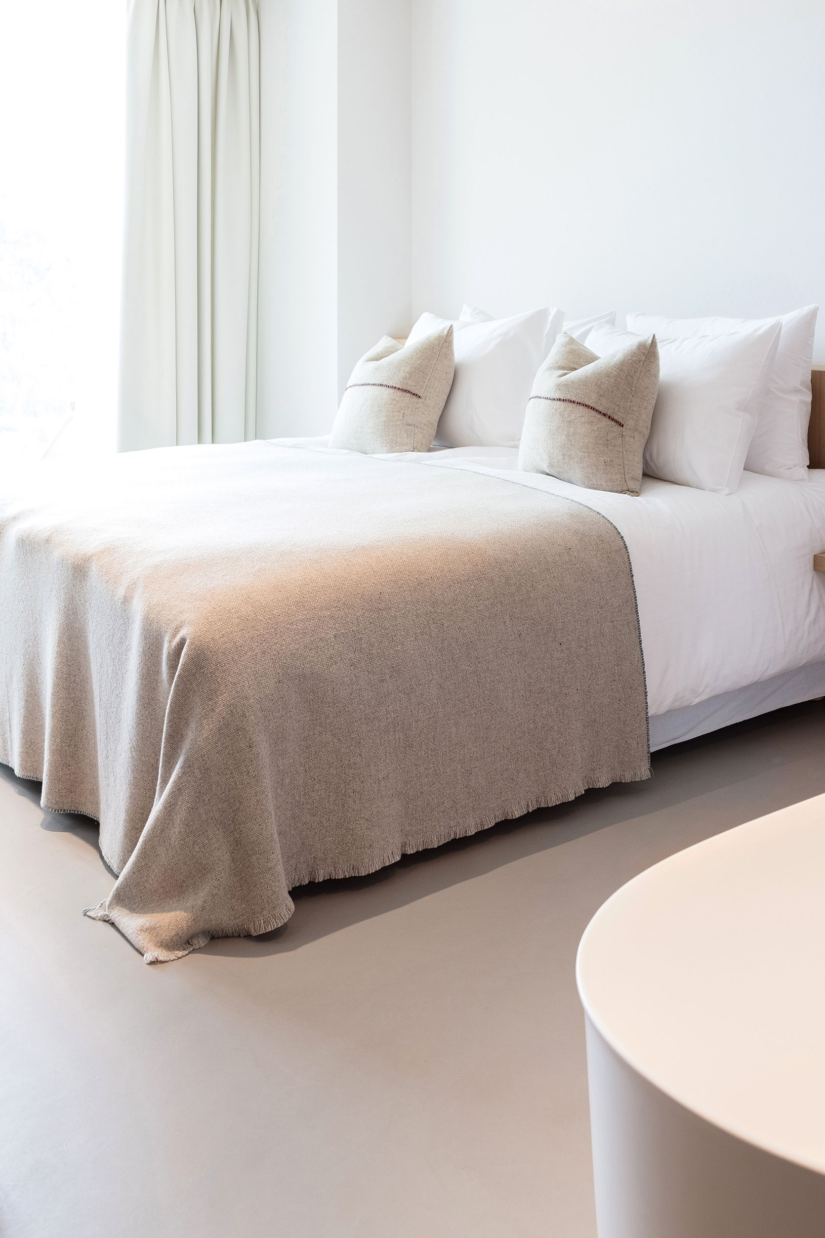 The bedroom interior design is eminently simple: floor-to-ceiling windows, bespoke carpentry, and a clean Alpine aesthetic that borrows from Italian design, the Danish principals of Hygge and a touch of sweet sophistication in the Japonesque detailing.  Schgaguler Hotel - Dolomites - Italy . . . #boutiquehotel #designhotel  #beautifulhotels #interiors #design #interior #interiorstyling #interiorinspo #interiorinspiration #eclecticinteriors #interiordesigner #pursuepretty #interiorstyle