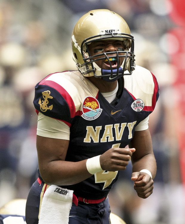 e8ac5bb42d3a Navy Midshipmen football uniforms