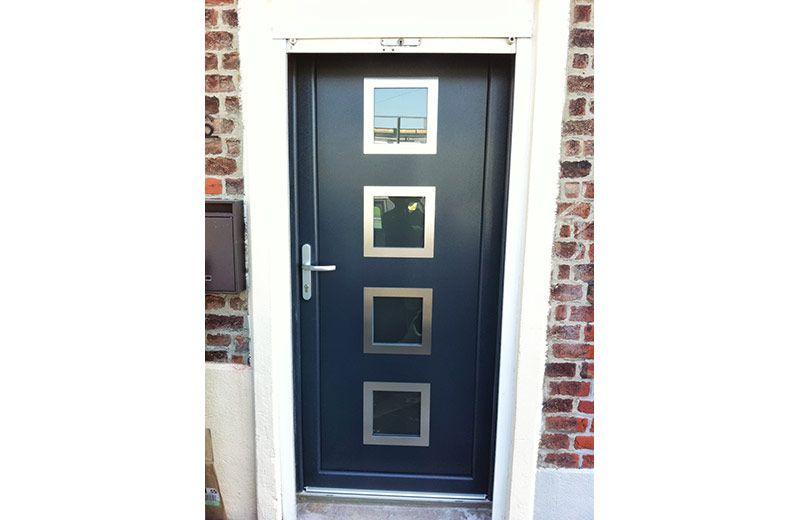 Pose de fenêtre et du0027une porte du0027entrée sur Lille portas