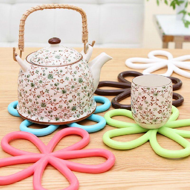 Plum Blossom Silicone Coaster Heat Insulation Bowl Saucepan Mat Kitchen Tools