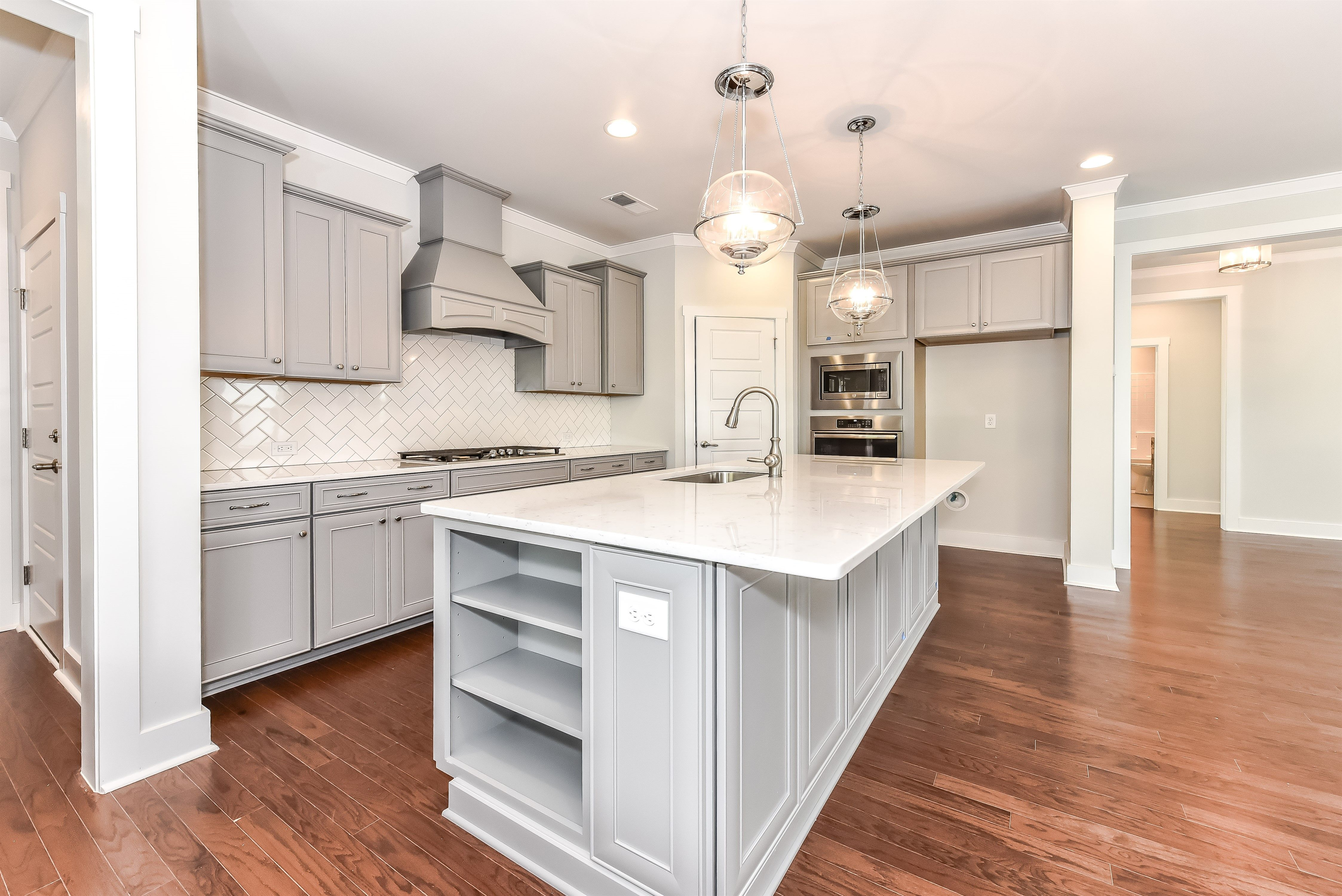 Pin On Magnificent Kitchens And Serving Pantries
