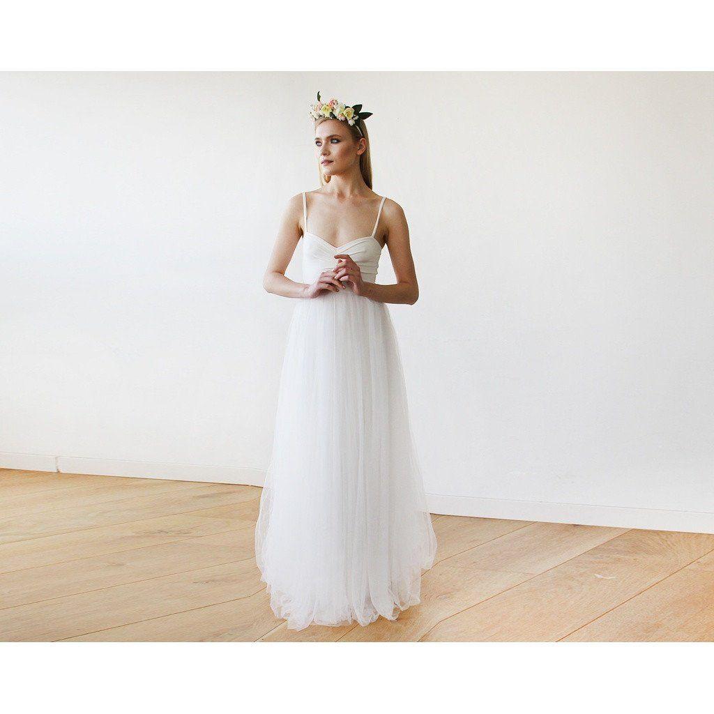 Ivory maxi ballerina tulle wedding dress sweetheart neckline maxi