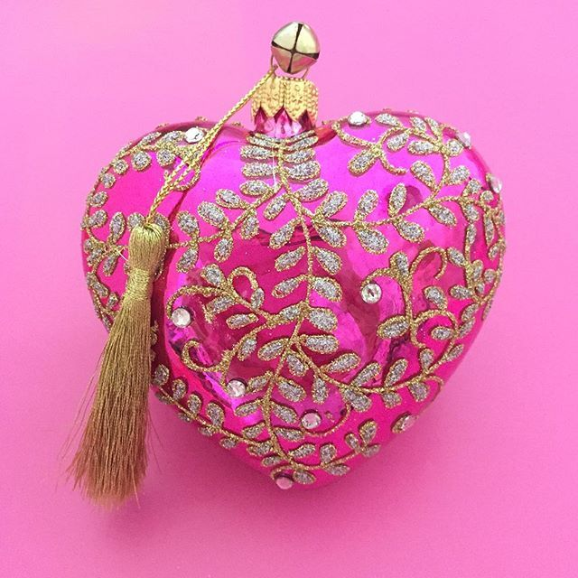 Think Pink 💗 Learn more about Breast Cancer Awareness Month @nbcf  http://jinglenog.com/dolce-jinglenog-pink-polish-blown-glass-crystal-trim-heart-christmas-ornament