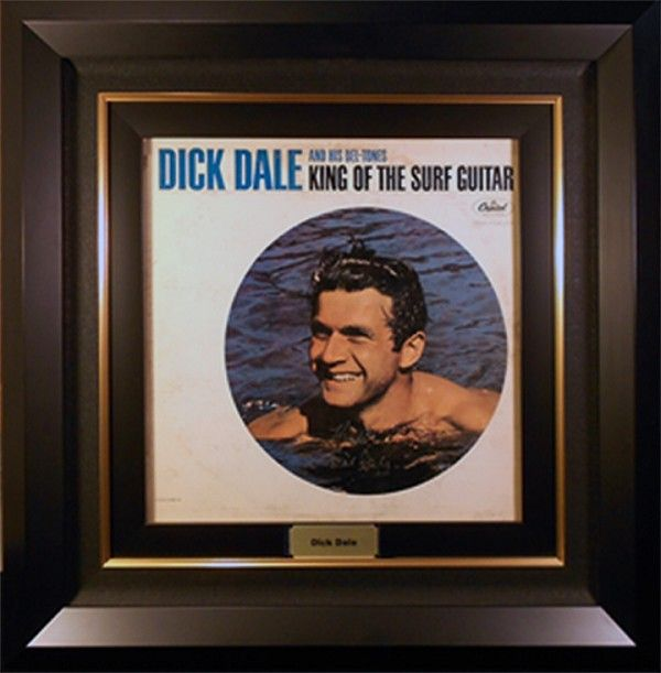 Dick dale vinyl, Close up vaginas