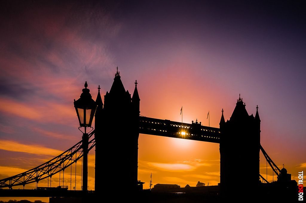 https://flic.kr/p/TRuqeL | Tower Bridge Silhouetted | Out in London one evening a while back and got this image of Tower Bridge silhouetted against the evening sky. The colours are amazing. I would like to read your comments.