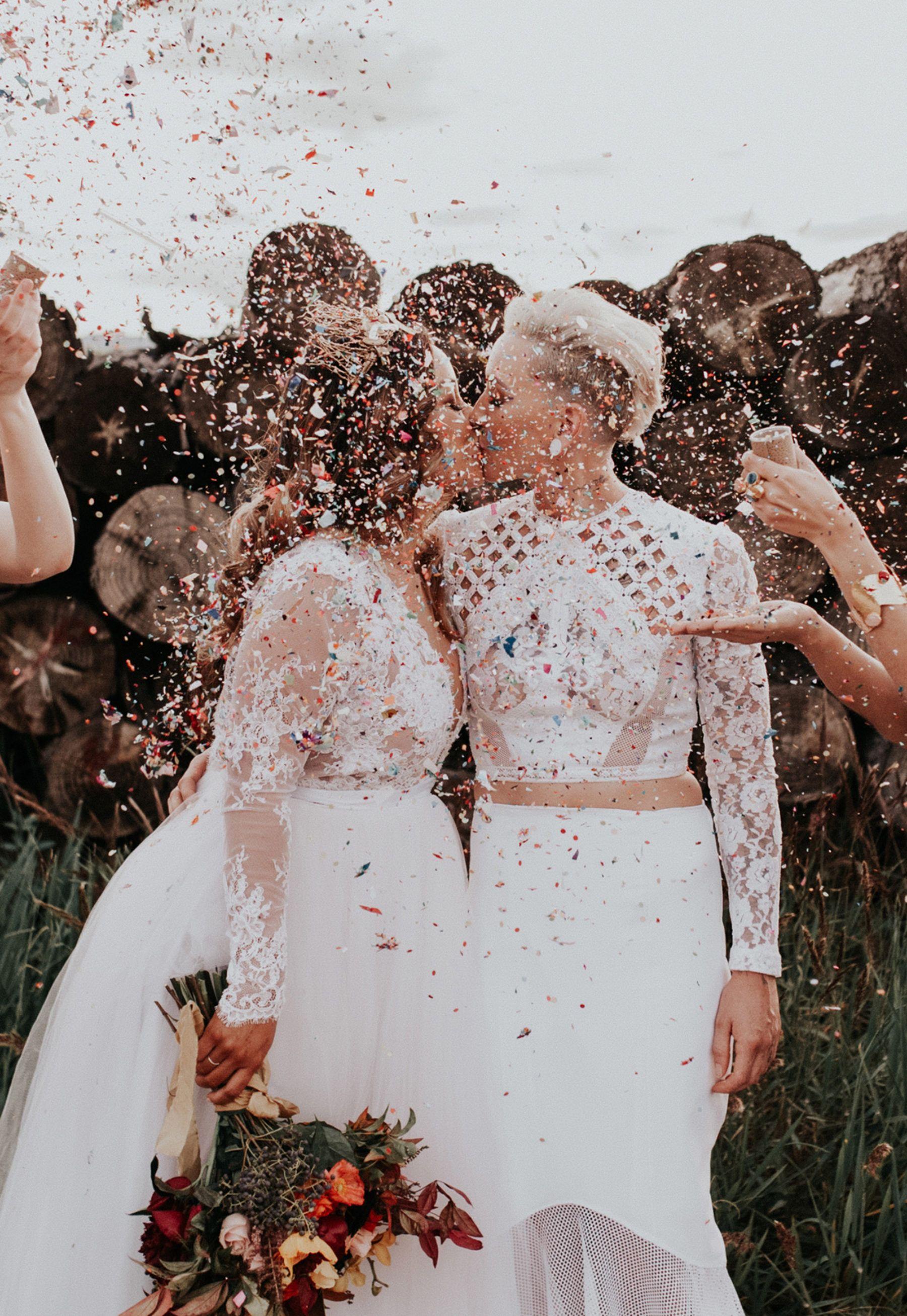brides kissing in confetti shower | here comes the bride | Pinterest ...