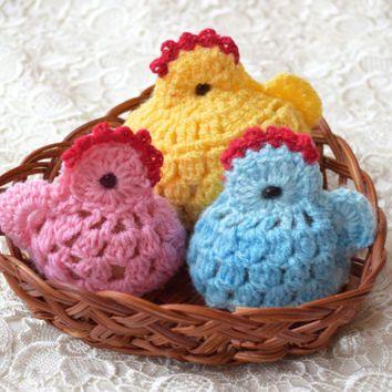 Easter crochet Hen & two chickens Set of 3 cozy Chicken egg warmer Easter egg decoration egg cover chicks kitchen decor spring Easter gift