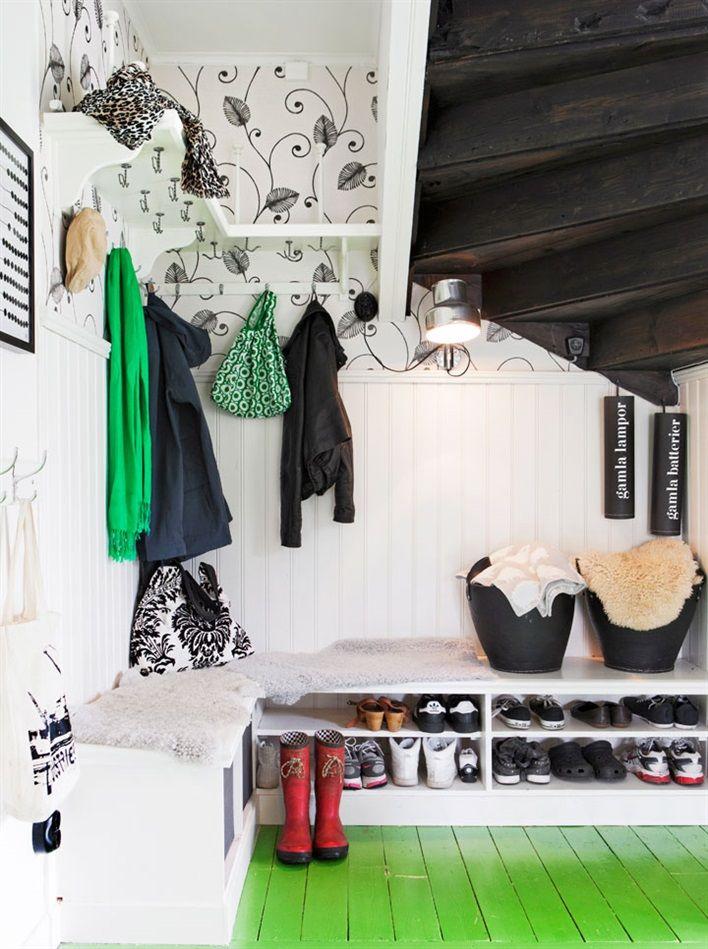 Bänk och skoförvaring till hall Inredning Pinterest Hall, Laundry rooms and Laundry