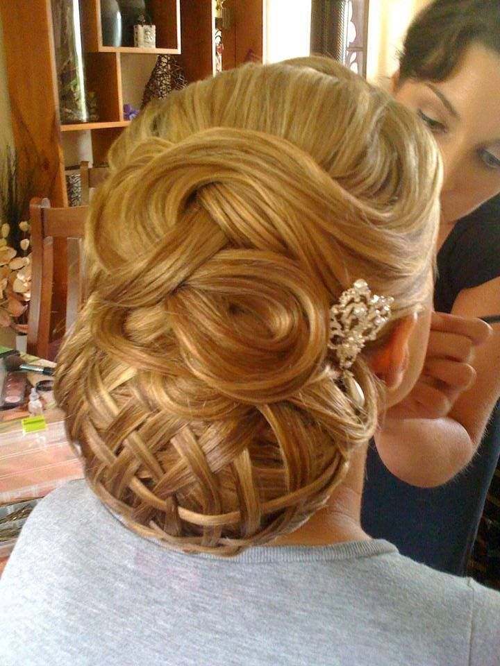 Awe Inspiring 1000 Images About Hairstyles On Pinterest Christmas Parties Short Hairstyles Gunalazisus
